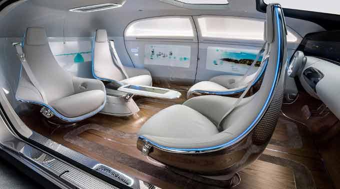 Mercedes-Benz 015 Luxury in Motion